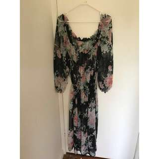 🌟Vintage Long Sleeved Floral Dress🌟