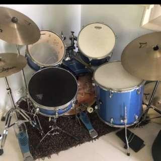 Acoustic drum kit yamaha