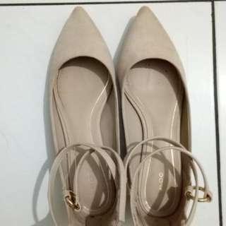ALDO beige flat shoes