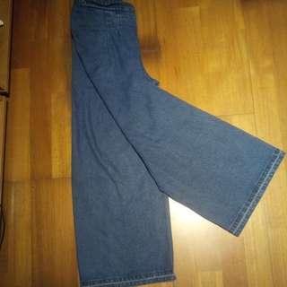🚚 深色牛仔寬褲