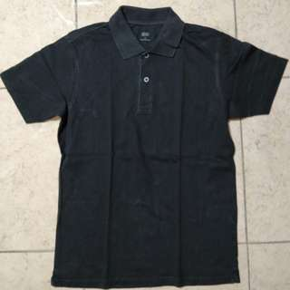 polo uniqlo hitam size S