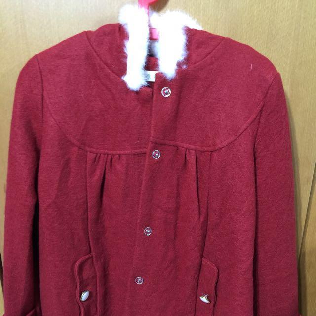 大紅,短版外套