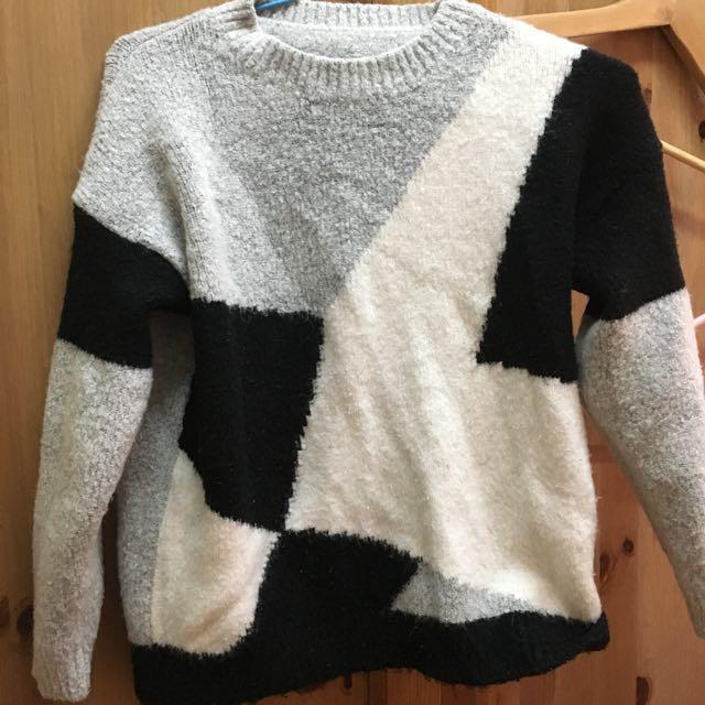拼接設計毛衣
