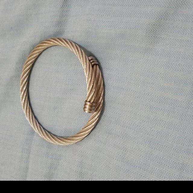 白鋼精品手環