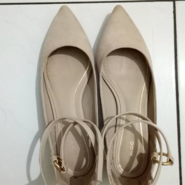 ALDO beige flat shoes