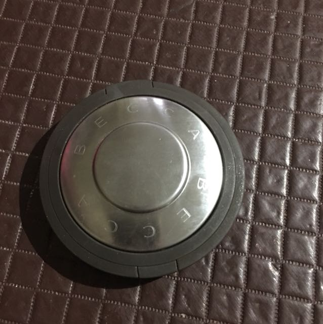 Authentic Becca Highlighter in Opal