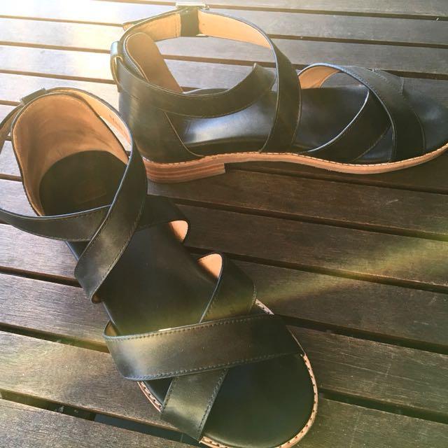 BARED Robin 2 Sandals