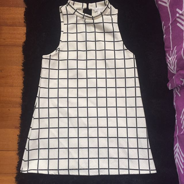 Black and white grid top size S