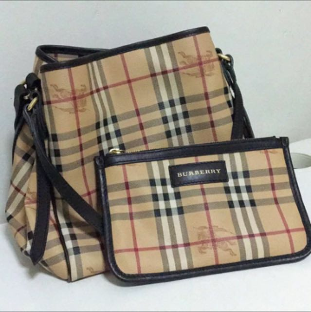 5fdf59155a0 Black Burberry Small Haymarket Check Canterbury Tote Bag, Luxury, Bags &  Wallets on Carousell