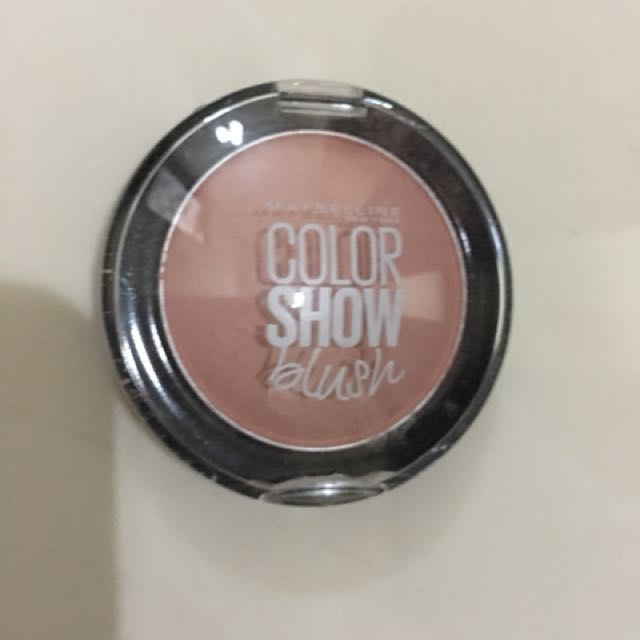blush on maybelline color show