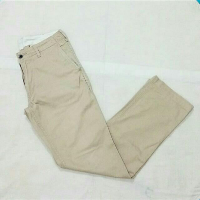 Celana UNIQLO (size 31)
