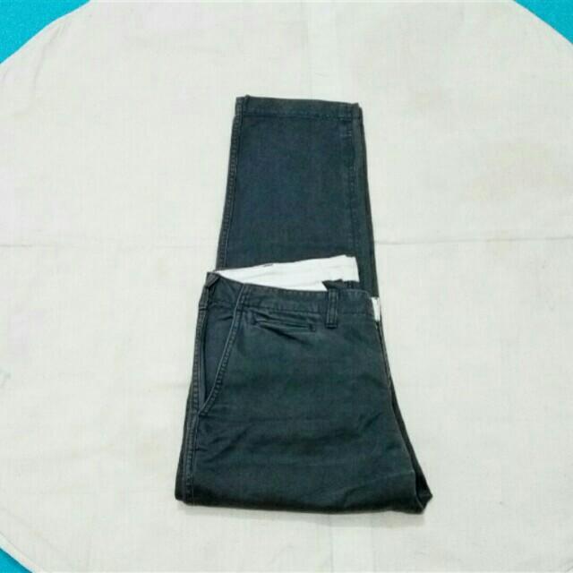 Celana UNIQLO (size 34)