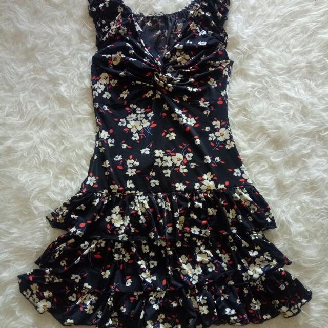 Dress bunga morgan