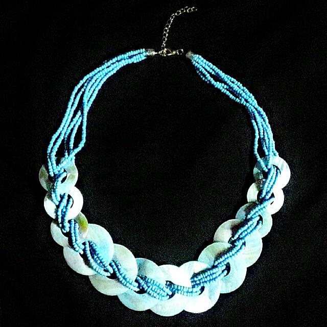 Ethnic Capiz and Beads Necklace
