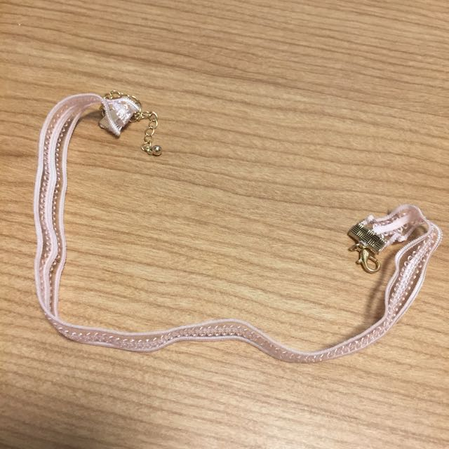 forever 21 pale pink choker