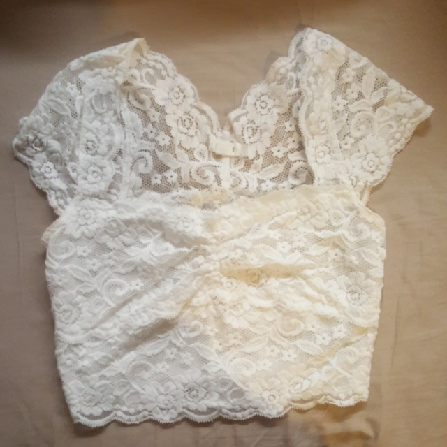 Garage lace cropped tops