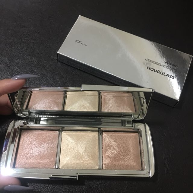 Hourglass - Ambient Metallic Palette
