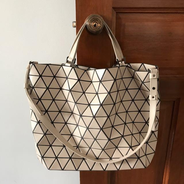 Issey Miyake Bao Large Crystal Matte Shoulder Bag Women S Fashion Bags Wallets On Carou