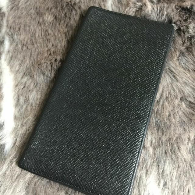 Louis Vuitton Long Wallet in Black Taiga