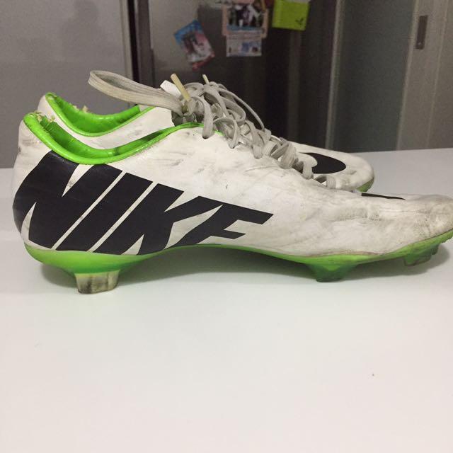 Nike Mecurial Vapors Boots