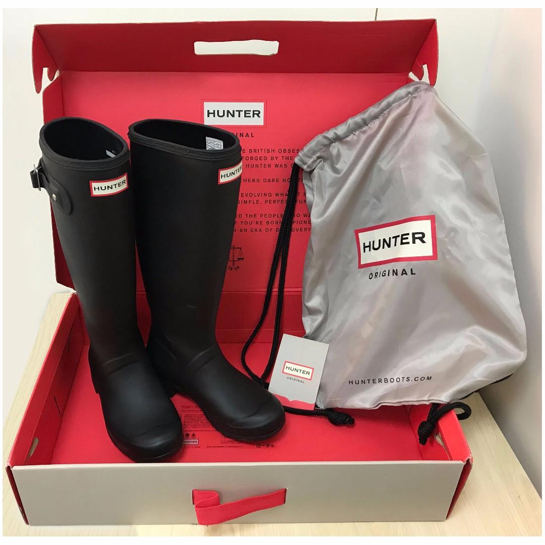 Preloved Hunter Boots Tour (Packable) Matte Black; US5, EU35/36, UK3