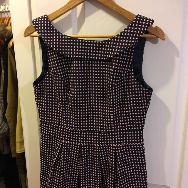 Review polka dot dress