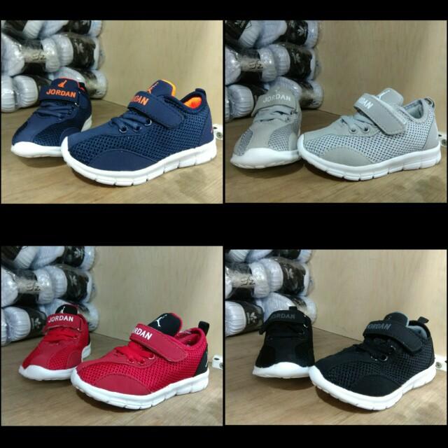 Sepatu Nike Air Jordan Kids Import Quality - Sepatu Nike Anak Import Nike  Kids Sneakers anak Nike Sepatu anak Kids shoes Nike kids Sneakers Anak e9e18c672a