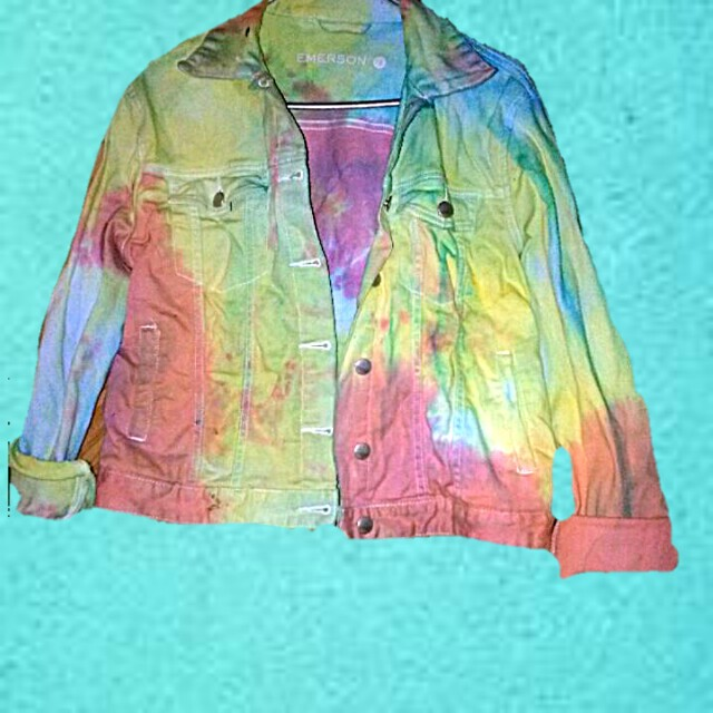 Vintage festival tie dye denim jacket small