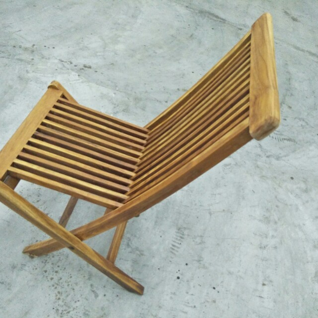 Astonishing Outdoor Timber Chair Gardening On Carousell Gamerscity Chair Design For Home Gamerscityorg