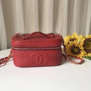 Vintage Chanel carry bag