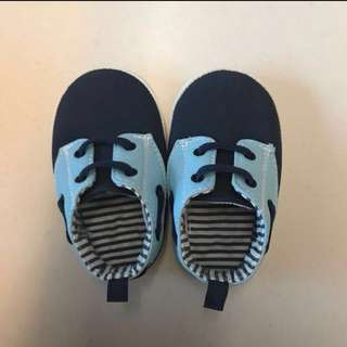 (BRAND NEW & CHEAP) MOTHERCARE baby shoes