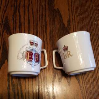 Queen Elizabeth Silver Jubilee mugs/teacups bone China