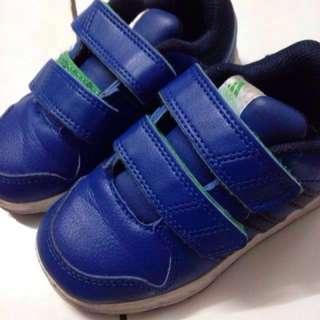 original adidas boys shoes 14.3cm