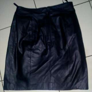 Authentic Leather Skirt from u.s.(Small)size 28to29)