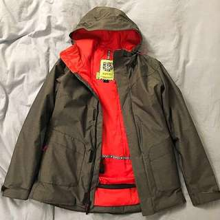 LOWERED PRICE! Women's Burton Snowboarding Jacket - Cadence (2015)