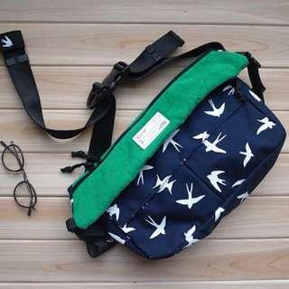 燕子斜挎背包