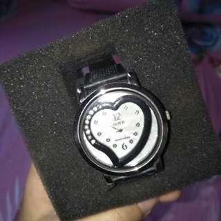 Jam tangan zeiva