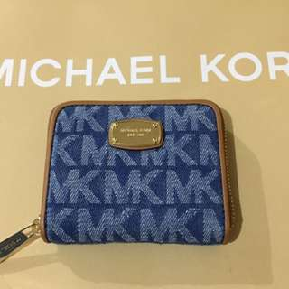 Brandnew Michael Kors Zip Wallet Small