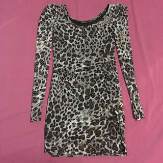 Leopard Print Long-sleeves Blouse