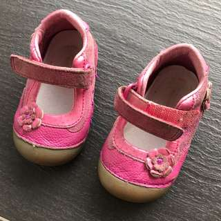 Stride rite baby girl leather shoes