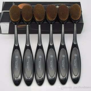 Anastasia Paddle Brush #4