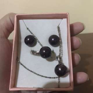 South sea pearl (authentic)