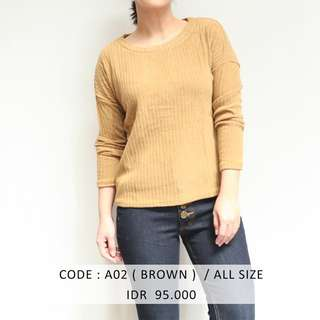 (SALE 50 ribu) BROWN BASIC SWEATER