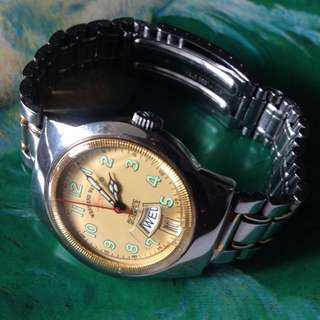 Retro west end watch automatic