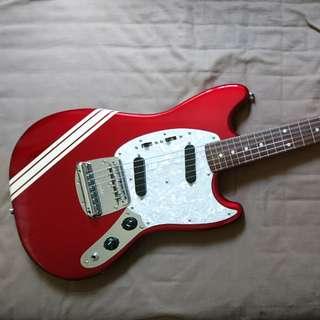 Fender MIJ Mustang MG69 CAR