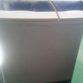 Whirlpool twin tub washing machine