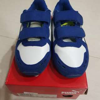 Puma shoes for boys - Size UK 11