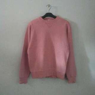 UNIQLO Original Peach Sweater Size S