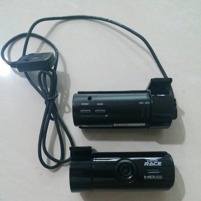 2 almost new car cameras  Dabonda Race with GPS modules