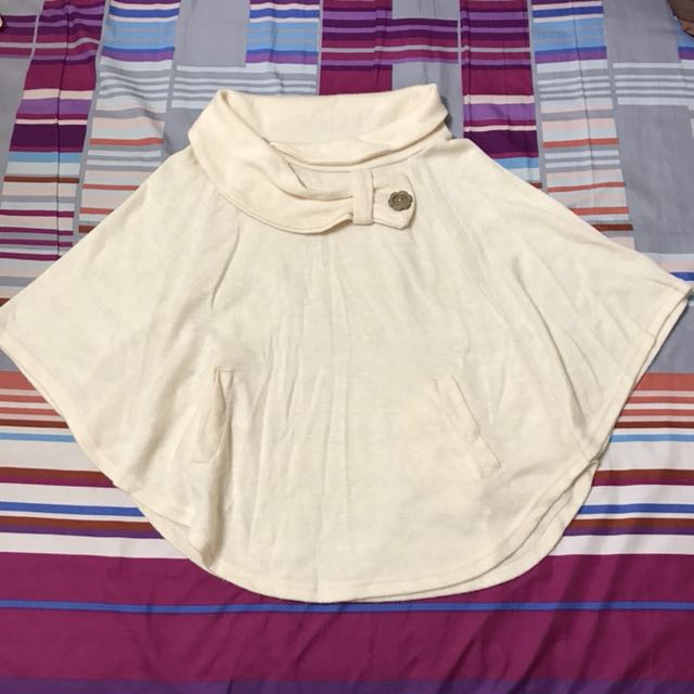米白色飛鼠袖蝴蝶結上衣